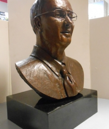 Luther G Smith Bust